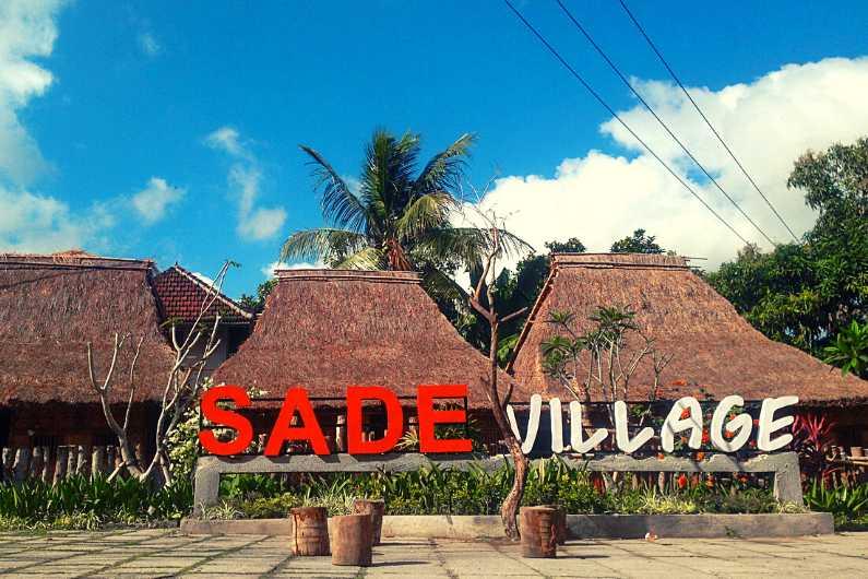Desa Tradisional Sade Rambitan