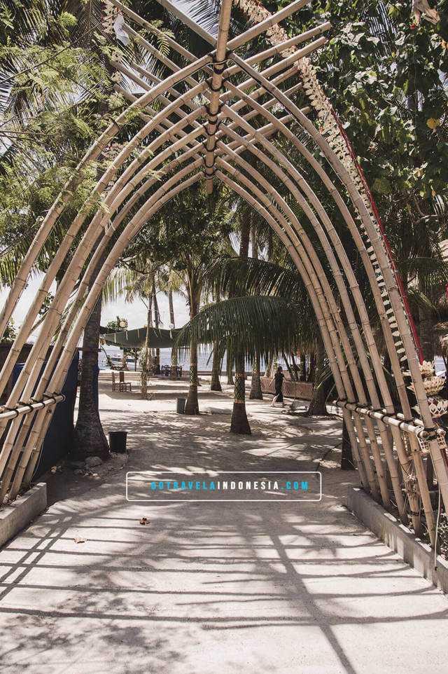 Gate-The-Angkal-Penida-Watersport Penida-Untuk-Keluarga