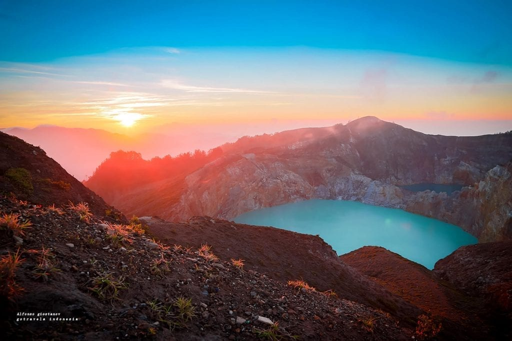 Gunung kelimutu Saat Sunrise