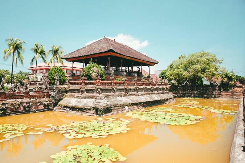 Klungkung Palace Legenda Dan Sejarah Nusa Penida