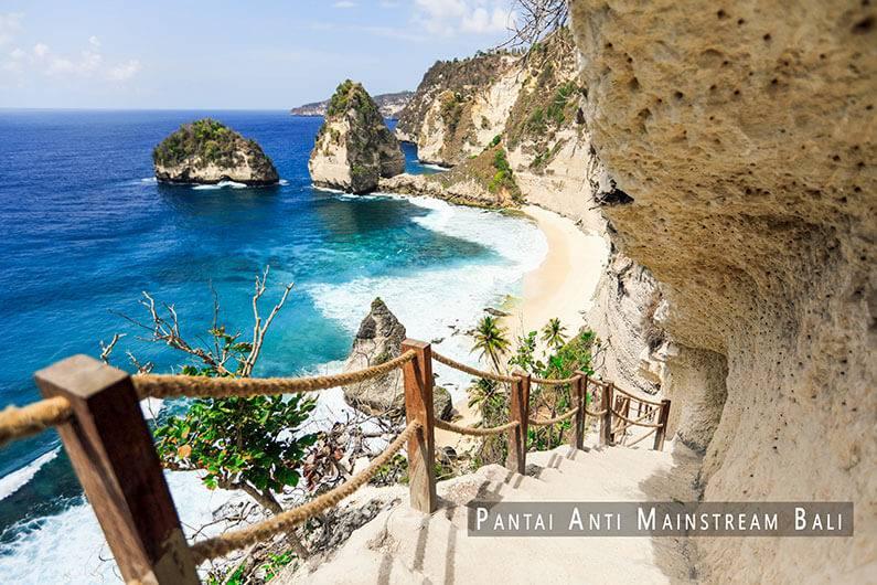 Pantai Anti Mainstream Bali