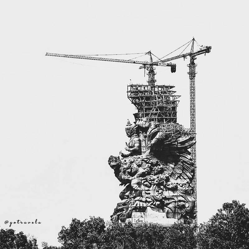 pembangunan patung GWK Bali