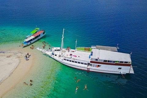 Sailing-Komodo-Tour