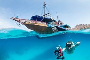 snorkeling di labuan bajo