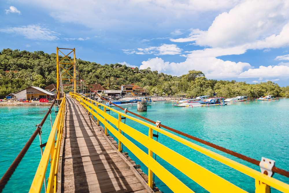 Yellow Bridge Lembongan-Ceningan