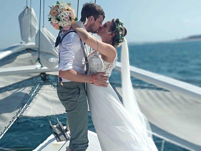 Aneecha wedding Sewa Kapal Catamaran Bali